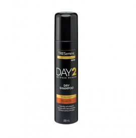 Tresemme Day 2 Brunette Dry Shampoo for Brown Hair Ξηρό Σαμπουάν Καστανά Μαλλιά 250ml