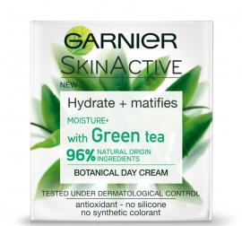 Garnier Skin Active Botanical Day Cream With Green Tea για Λιπαρή Επιδερμίδα 50ml